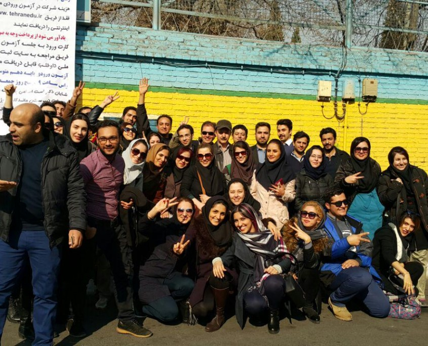 Thousands of Iranian students take the final exams to become licensed tour guide (8)