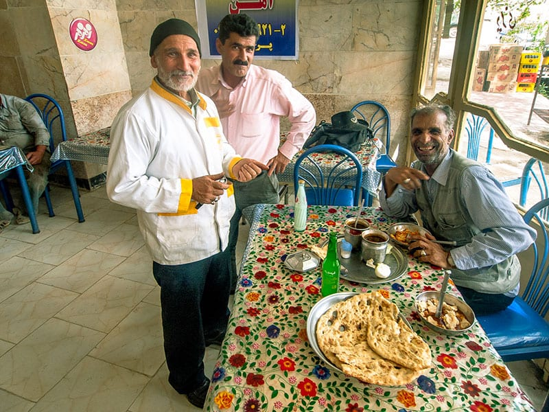 Dizi Sara refers to the traditional-style restaurant which served Abgoosht.